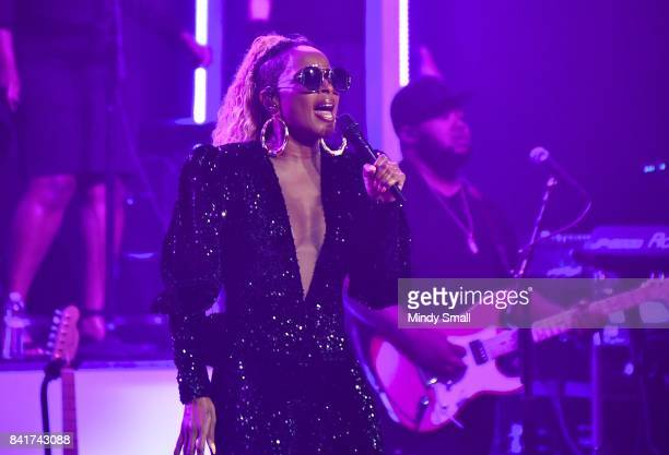 Recording artist Mary J Blige performs in support of her album 'Strength of a Woman' at The Pearl concert theater at Palms Casino Resort on September...