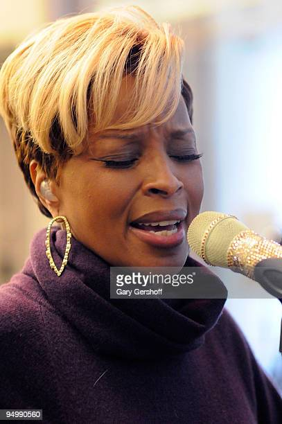 Recording artist Mary J Blige visits SIRIUS XM Studio on December 21 2009 in New York City