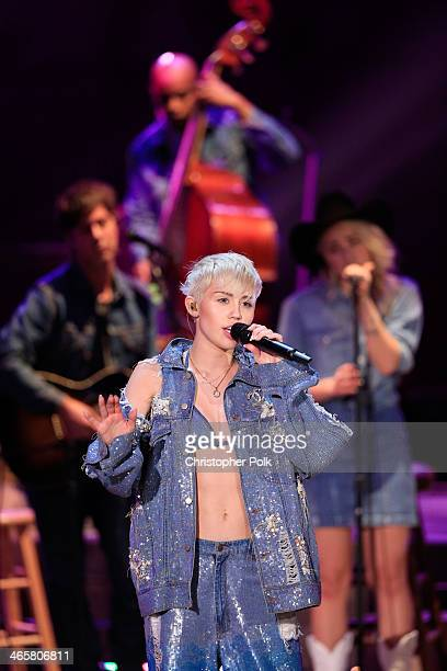 Recording artist Miley Cyrus performs onstage during Miley Cyrus: MTV Unplugged at Sunset Gower Studios on January 28, 2014 in Hollywood, California.