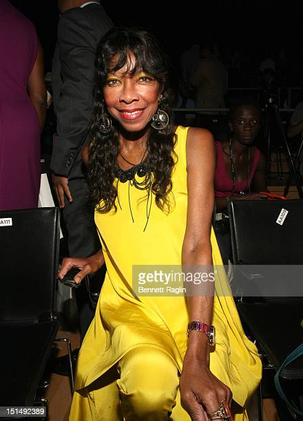 Recording artist Natalie Cole attends Harlem's Fashion Row 5th Anniversary during MercedesBenz Fashion Week at Jazz at Lincoln Center on September 7...