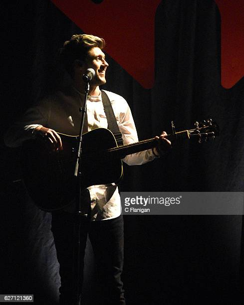 Recording artist Niall Horan performs during the WiLD 949 iHeartRadio Jingle Ball at SAP Center on December 1 2016 in San Jose California
