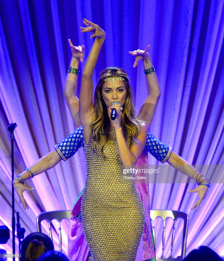 Recording artist Nicole Scherzinger performs onstage during The Weinstein Company's Academy Awards Nominees Dinner in partnership with Chopard, DeLeon Tequila, FIJI Water and MAC Cosmetics on February 21, 2015 in Los Angeles, California.