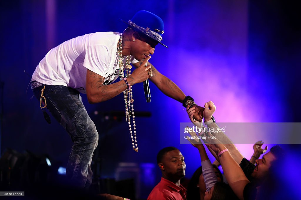 Recording artist Pharrell Williams performs onstage during CBS Radio's We Can Survive at the Hollywood Bowl (presented by 5 Hour Energy) on October 24, 2014 in Los Angeles, California.