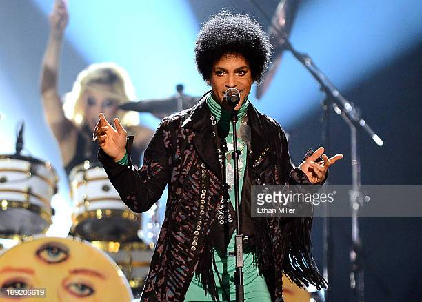 Recording artist Prince performs during the 2013 Billboard Music Awards at the MGM Grand Garden Arena on May 19, 2013 in Las Vegas, Nevada.