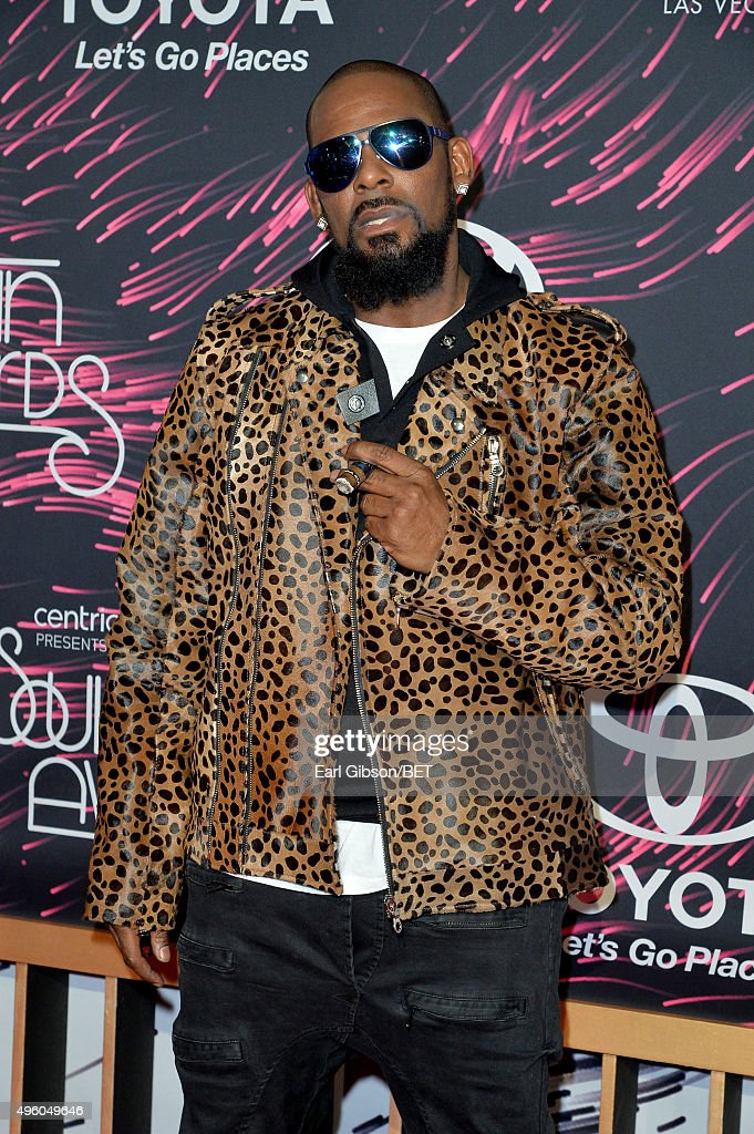 2015 Soul Train Music Awards  - Arrivals