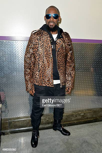 Recording artist R. Kelly attends the 2015 Soul Train Music Awards at the Orleans Arena on November 6, 2015 in Las Vegas, Nevada.