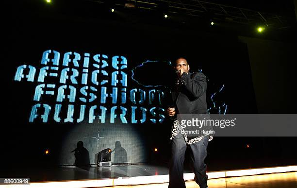 Recording artist R. Kelly performs at ARISE Africa Fashion Awards at Sandton Convention Center on June 20, 2009 in Johannesburg, South Africa.