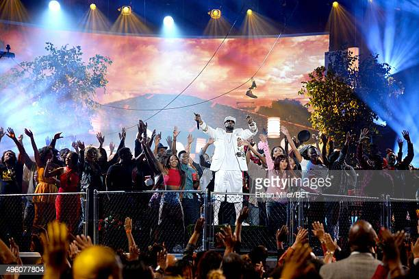 Recording artist R Kelly performs during the 2015 Soul Train Music Awards at the Orleans Arena on November 6 2015 in Las Vegas Nevada