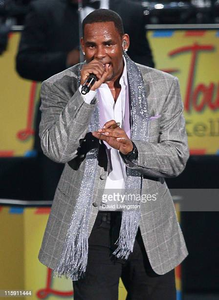 Recording artist R Kelly performs on stage at the NOKIA Theatre LA LIVE on June 11 2011 in Los Angeles California