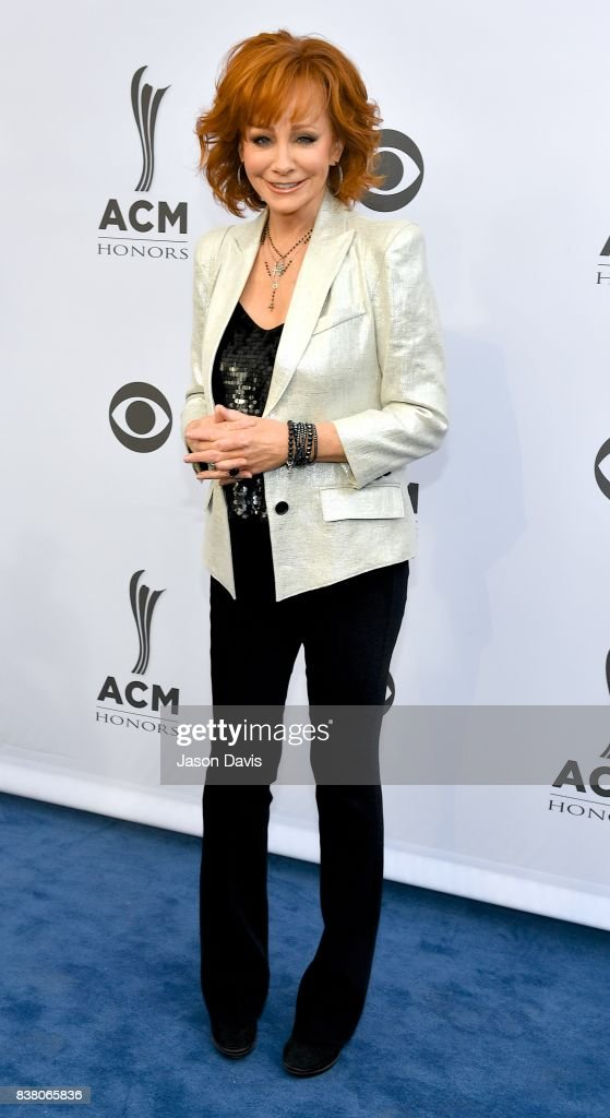 Recording Artist Reba McEntire arrives at the 11th Annual ACM Honors at Ryman Auditorium on August 23, 2017 in Nashville, Tennessee.