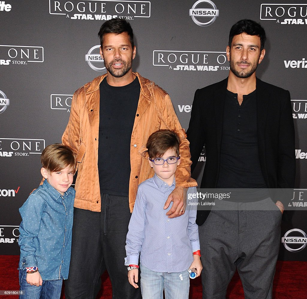 Premiere Of Walt Disney Pictures And Lucasfilm's 'Rogue One: A Star Wars Story' - Arrivals : Nachrichtenfoto