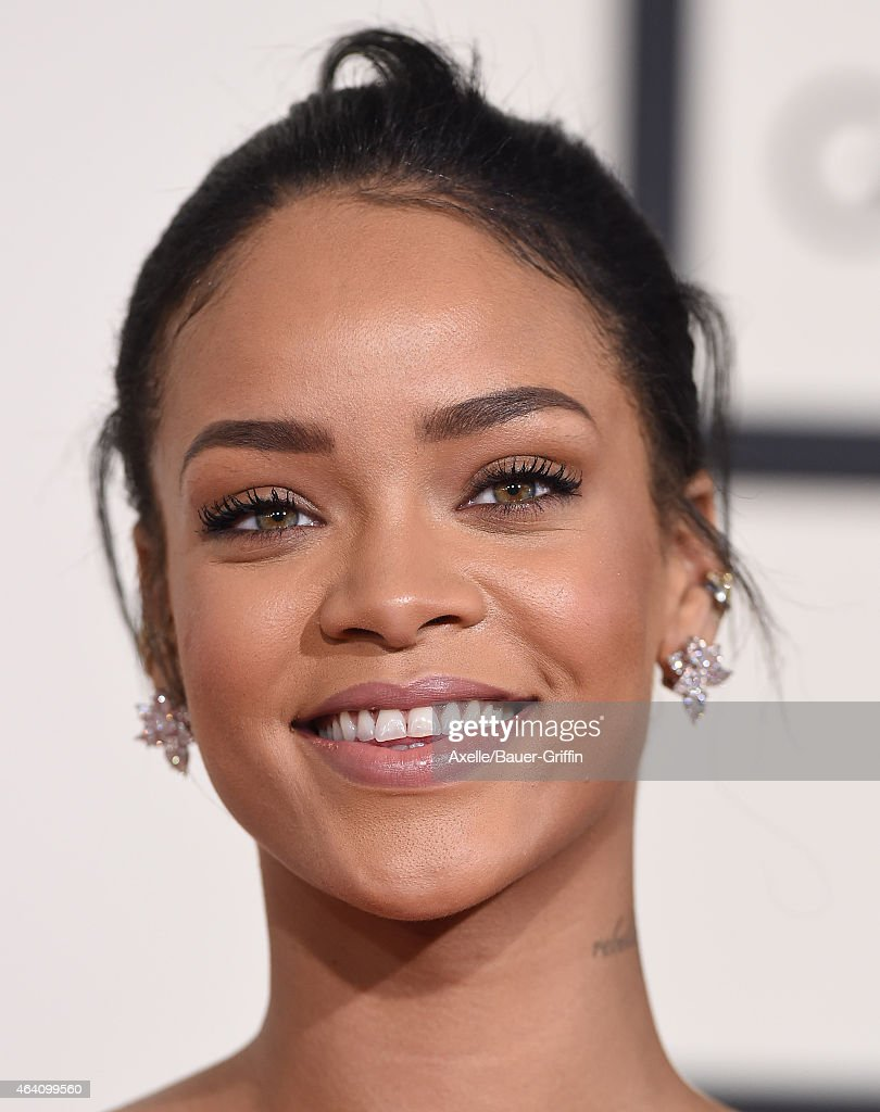 Recording artist Rihanna arrives at the 57th Annual GRAMMY Awards at Staples Center on February 8, 2015 in Los Angeles, California.