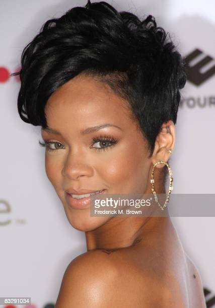 Recording artist Rihanna attends the 2008 Spirit of Life Award dinner honoring Doug Morris in Santa Monica California