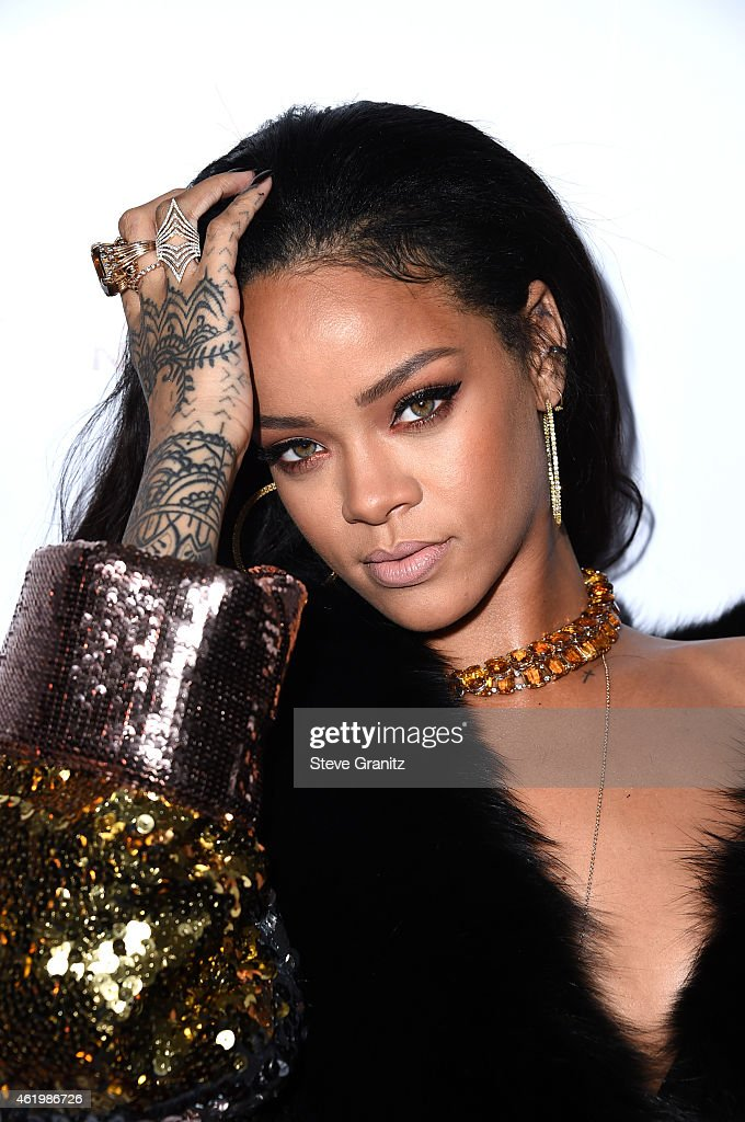 Recording artist Rihanna attends The Daily Front Row's 1st Annual Fashion Los Angeles Awards at Sunset Tower Hotel on January 22, 2015 in West Hollywood, California.