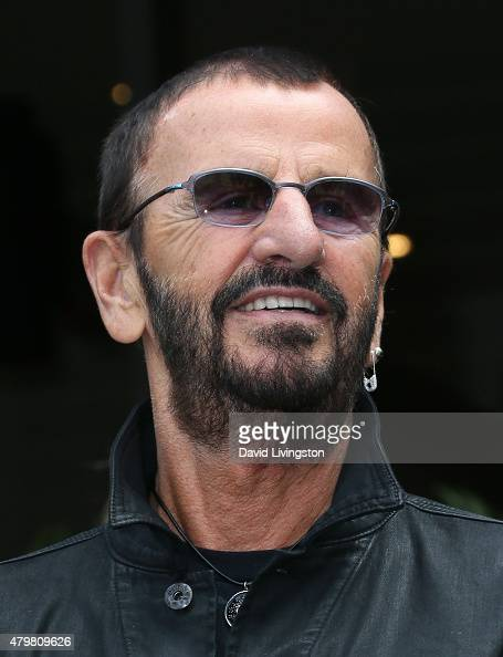 fotos und bilder von ringo starr 39 s birthday fan gathering. Black Bedroom Furniture Sets. Home Design Ideas