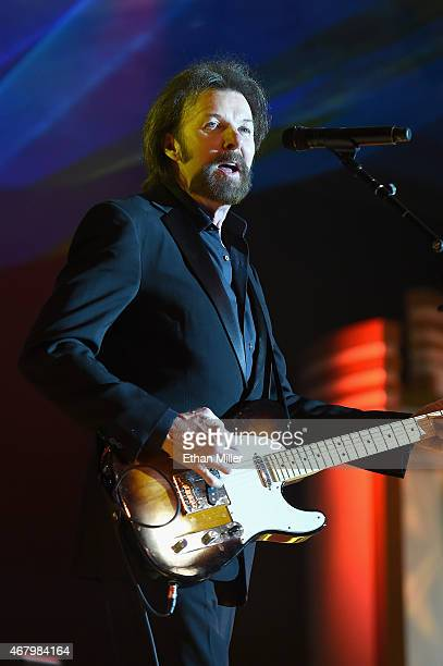 Recording artist Ronnie Dunn performs onstage during Muhammad Ali's Celebrity Fight Night XXI at the Jw Marriott Phoenix Desert Ridge Resort Spa on...