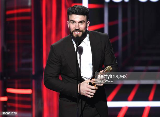 Recording artist Sam Hunt accepts the Top Country Song award for 'Body Like A Back Road' onstage during the 2018 Billboard Music Awards at MGM Grand...
