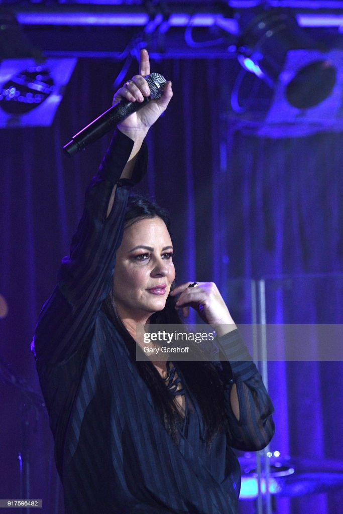 Recording artist Sara Evans performs during CMT Next Women of Country at B.B. King Blues Club & Grill on February 12, 2018 in New York City.
