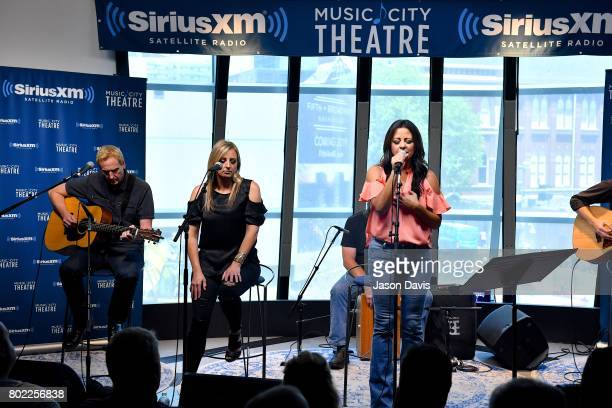 Recording Artist Sara Evans performs during her album premiere special on SiriusXM's Y2Kountry Channel at SiriusXM Studios on June 27 2017 in...