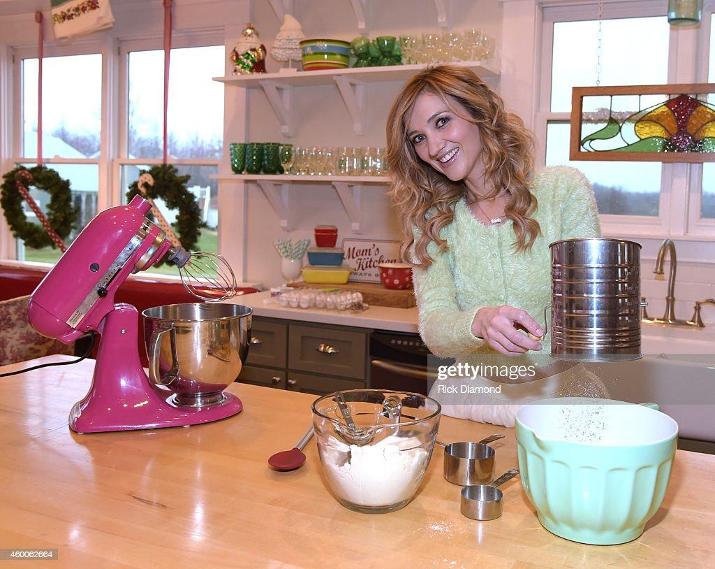 Recording Artist Sarah Darling Cooks Up Sweet Darling Macaroons
