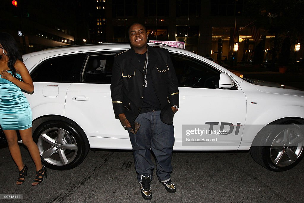 """Audi Arrivals at In Touch Weekly's """"Icons & Idols"""" Event"""