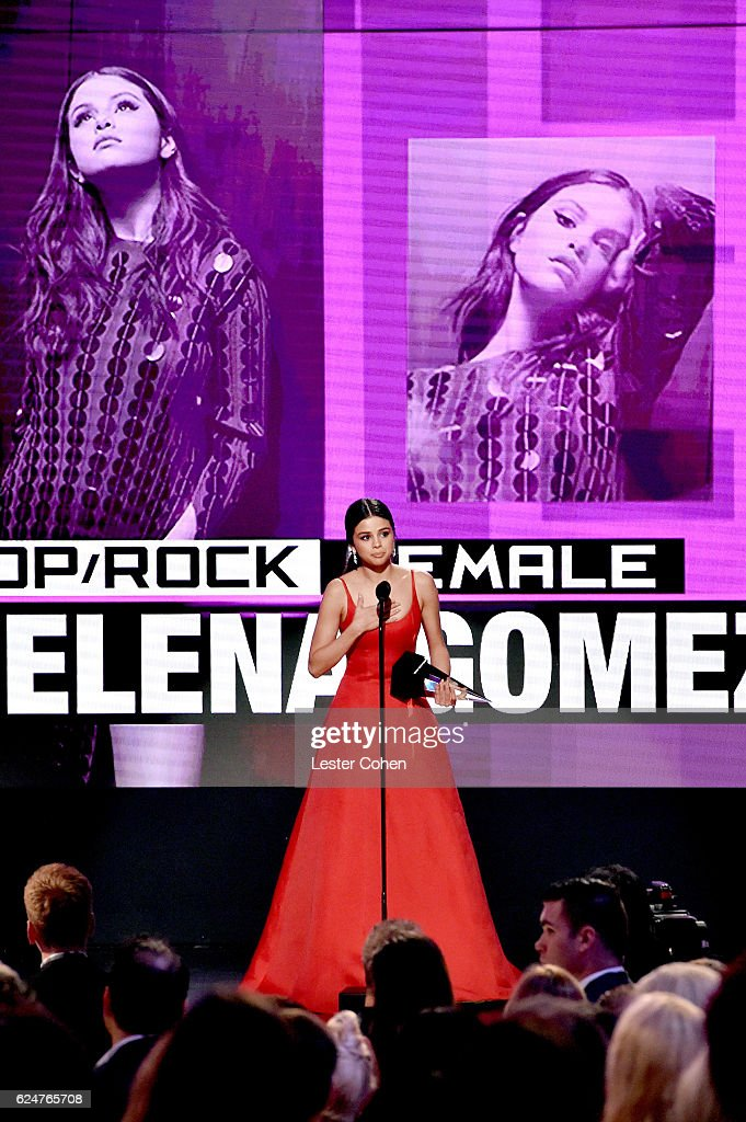 Recording artist Selena Gomez accepts the award for Favorite Femal Pop/Rock Artist, onstage at the 2016 American Music Awards at Microsoft Theater on November 20, 2016 in Los Angeles, California.
