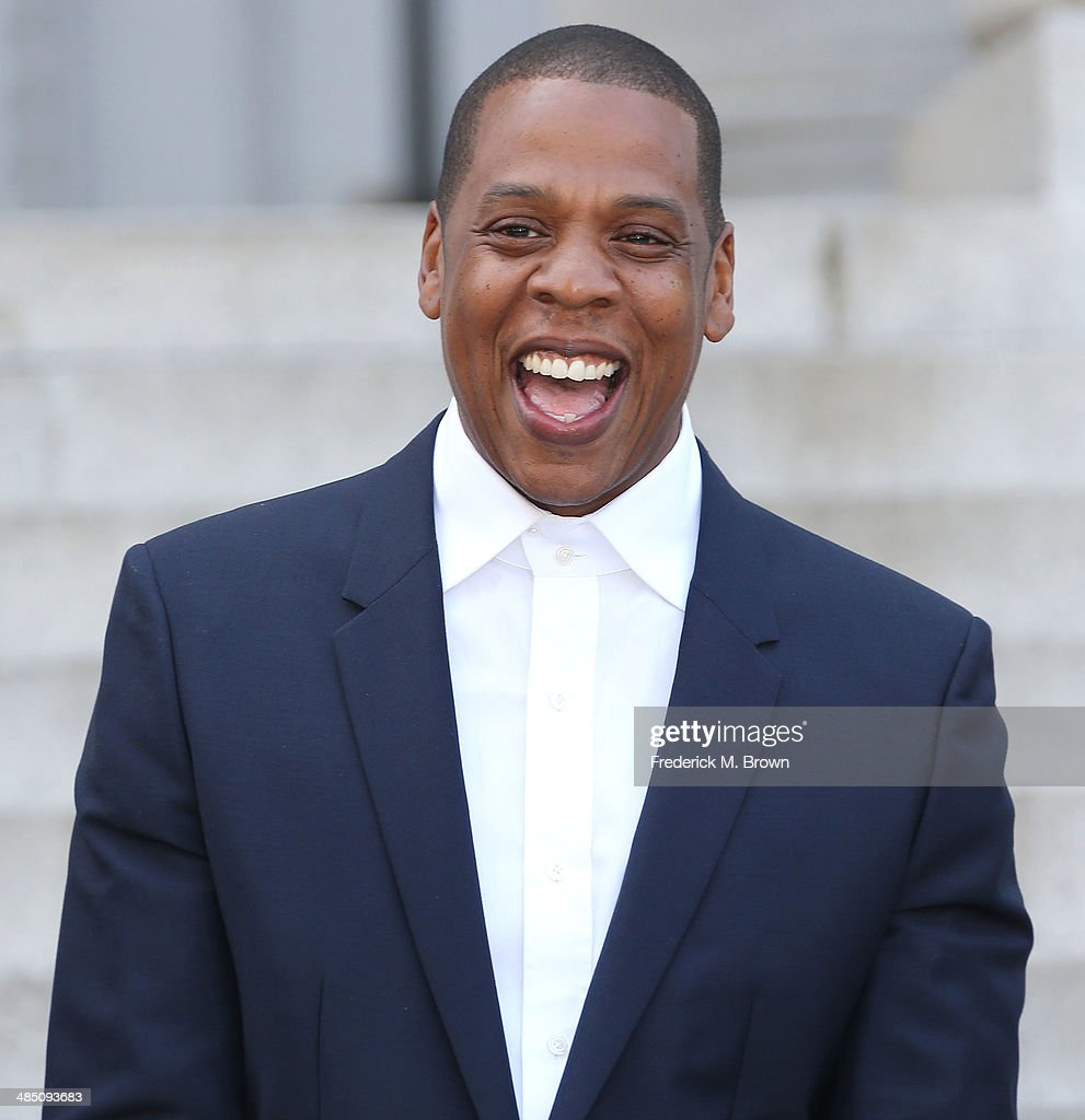 """Shawn """"Jay Z"""" Carter Makes Announcement On the Steps Of City Hall Downtown Los Angeles : News Photo"""