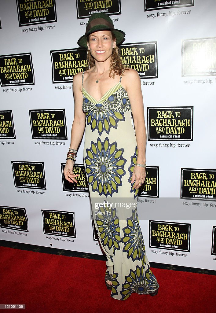 Recording artist Sheryl Crow arrives at 'Back to Bacharach and David' Opening Night at The Music Box @ Fonda on April 19, 2009 in Hollywood, California.