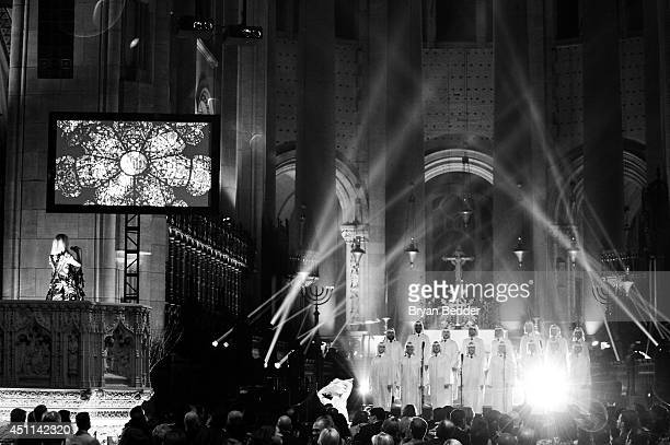 """Recording artist Sia performs onstage with the NYC Gay Men's Chorus and choreographer Ryan Heffington during Logo TV's """"Trailblazers"""" at the..."""