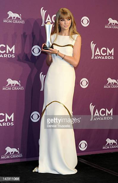 Recording artist Taylor Swift poses in the press room at the 47th Annual Academy Of Country Music Awards held at the MGM Grand Garden Arena on April...