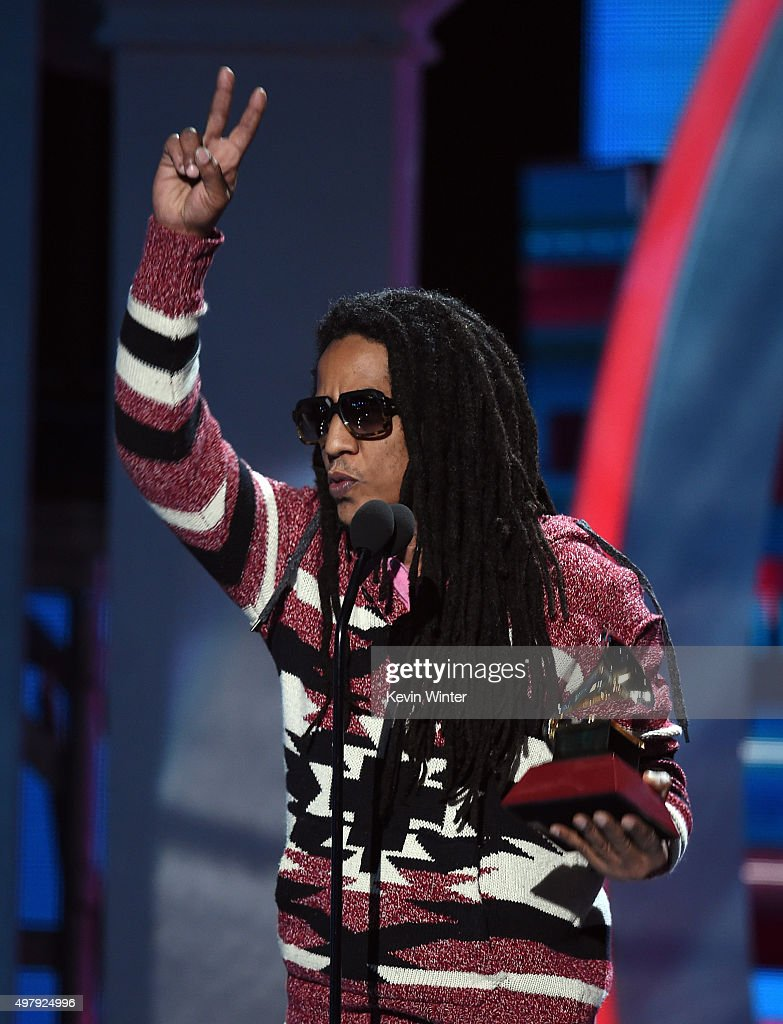 Recording artist Tego Calderon accepts the Best Urban Music Album award for 'El Que Sabe, Sabe' onstage during the 16th Latin GRAMMY Awards at the MGM Grand Garden Arena on November 19, 2015 in Las Vegas, Nevada.