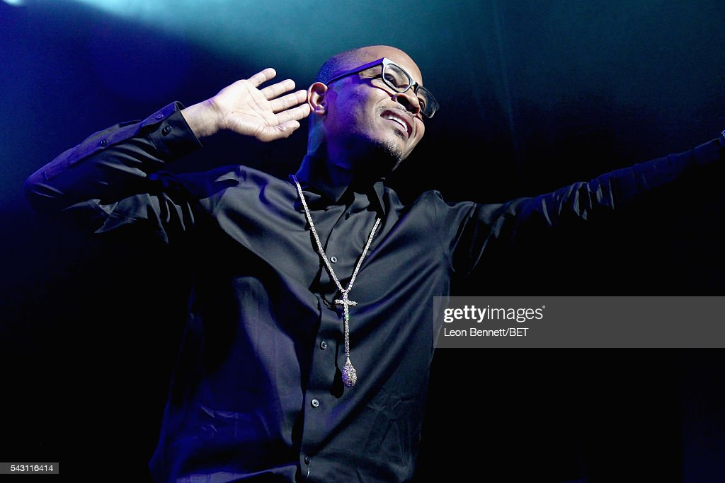 2016 BET Experience - The Novo Late Night Concert Performances by: THE ROOTS & SPECIAL GUESTS : News Photo