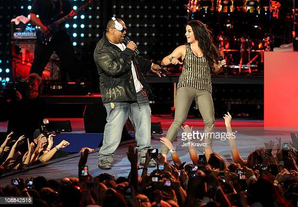 Recording Artist Timbaland and Singer JoJo perform onstage at the Pepsi Super Bowl Fan Jam on February 4 2010 in Miami Beach Florida