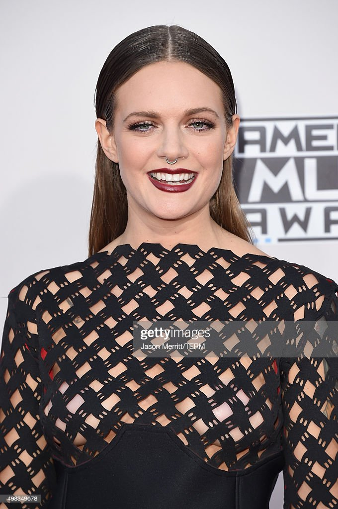 Recording artist Tove Lo attends the 2015 American Music Awards at Microsoft Theater on November 22, 2015 in Los Angeles, California.
