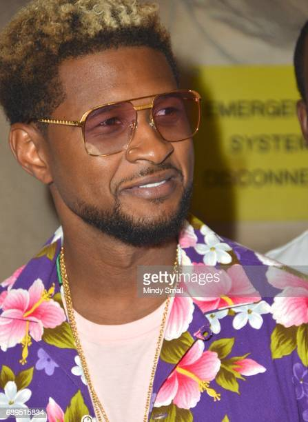 Recording artist Usher arrives at the Rehab Beach Club pool party at the Hard Rock Hotel Casino on May 28 2017 in Las Vegas Nevada