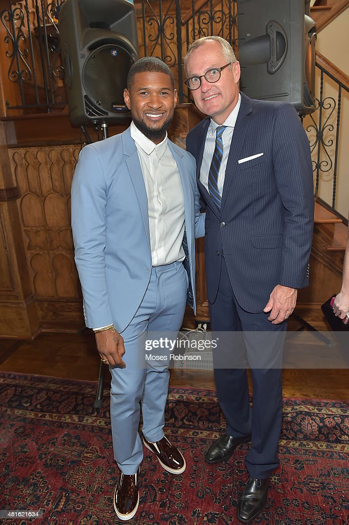Recording Artist Usher Raymond and Georgia Lieutenant Governor Casey Cagle attend Ushers New Look United to Ignite Awards Exclusive VIP Reception attend on July 22, 2015 in Atlanta, Georgia.