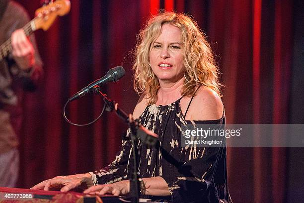 Recording artist Vonda Shepard performs on stage at Belly Up Tavern on February 4, 2015 in Solana Beach, California.