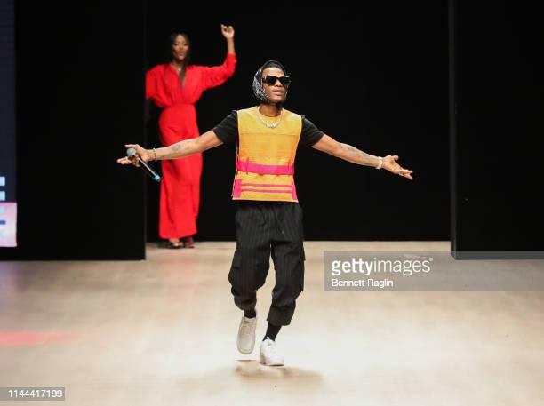 Recording artist Wiz Kid perform to close the Arise Fashion Week on April 21, 2019 in Lagos, Nigeria.
