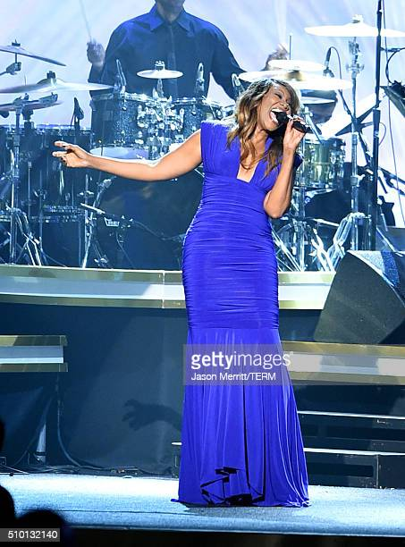 Recording artist Yolanda Adams performs onstage during the 2016 MusiCares Person of the Year honoring Lionel Richie at the Los Angeles Convention...