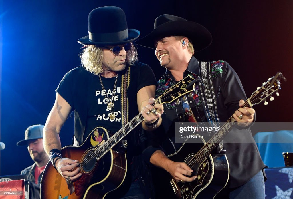 Recording artists Big Kenny (L) and John Rich of Big & Rich perform during the Route 91 Harvest country music festival at the Las Vegas Village on October 1, 2017 in Las Vegas, Nevada.