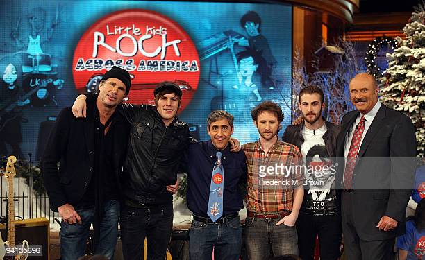 Recording artists Chad Smith and Zachary Merrick CEO Dave Wish recording artists Mike Einziger and Jordan McGraw and Dr Phil McGraw attend the taping...