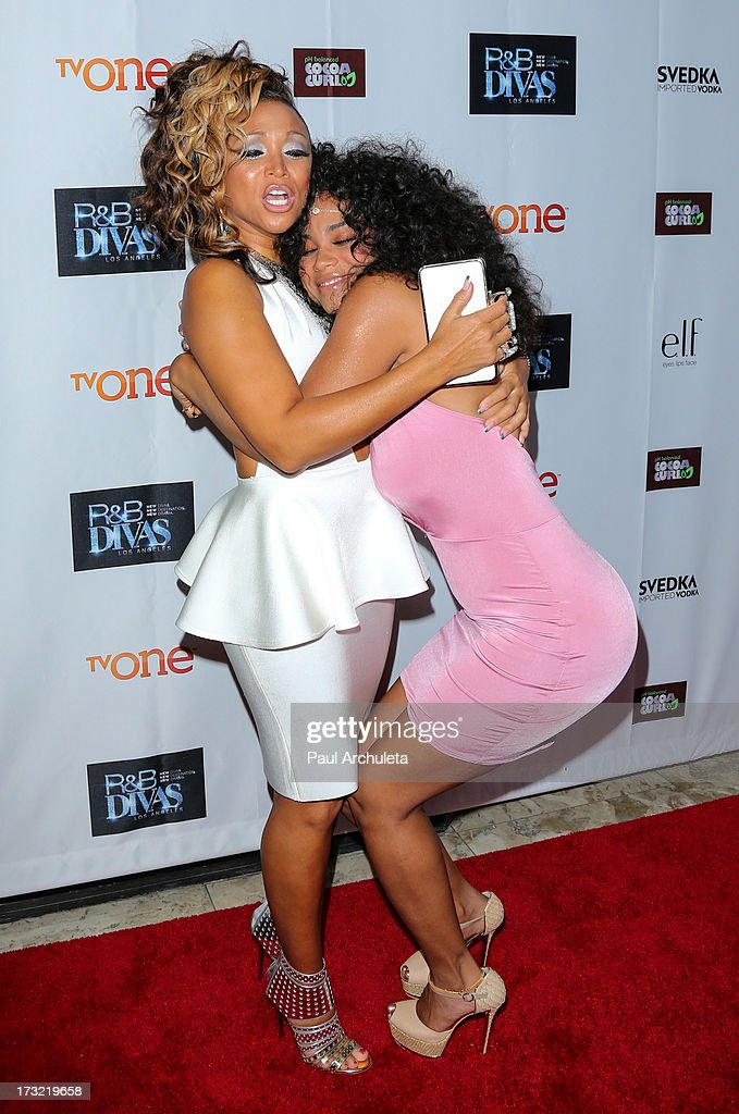 Recording Artists Chante Moore (L) and Claudette Ortiz (R) attend TV One's new series 'R&B Divas LA' launch party at The London Hotel on July 9, 2013 in West Hollywood, California.