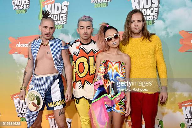 Recording artists Cole Whittle Joe Jonas JinJoo Lee and Jack Lawless attends Nickelodeon's 2016 Kids' Choice Awards at The Forum on March 12 2016 in...