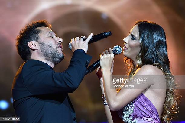 Recording artists Diego Torres and India Martinez perform onstage during the 2014 Person of the Year honoring Joan Manuel Serrat at the Mandalay Bay...