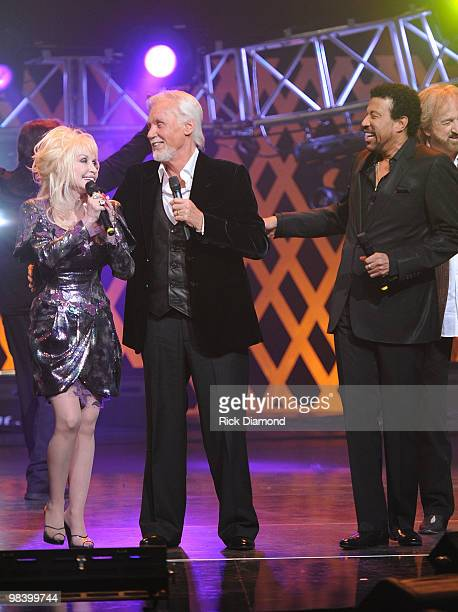 Recording Artists Dolly Parton Honoree Kenny Rogers and Lionel Richie Perform at Kenny Rogers The First 50 Years show at the MGM Grand at Foxwoods on...