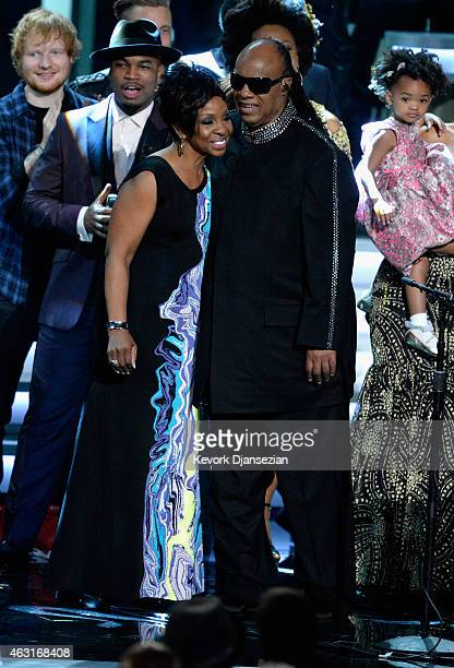 Recording artists Gladys Knight and honoree Stevie Wonder perform onstage during Stevie Wonder Songs In The Key Of Life An AllStar GRAMMY Salute at...