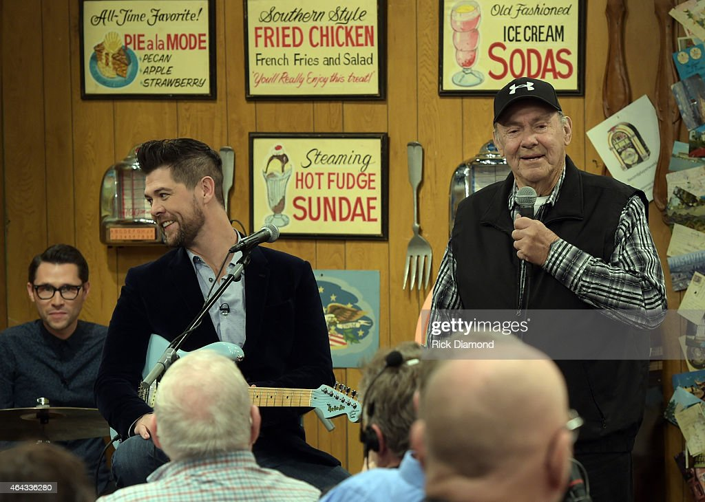 """Larry's Country Diner"" TV Taping"