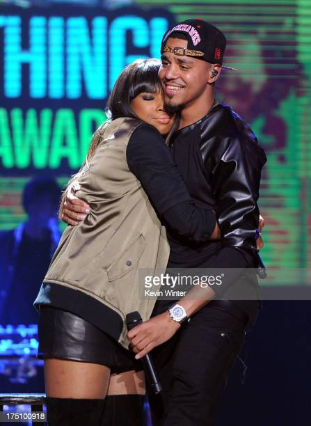 Recording Artists Jennifer Hudson and J Cole perform onstage at the DoSomethingorg and VH1's 2013 Do Something Awards at Avalon on July 31 2013 in...