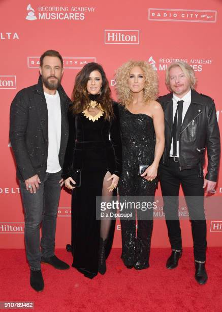 Recording artists Jimi Westbrook Karen Fairchild Kimberly Schlapman and Philip Sweet of music group Little Big Town attend MusiCares Person of the...