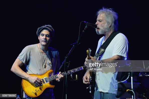 recording artists john mayer and bob weir perform onstage with dead news photo getty images. Black Bedroom Furniture Sets. Home Design Ideas
